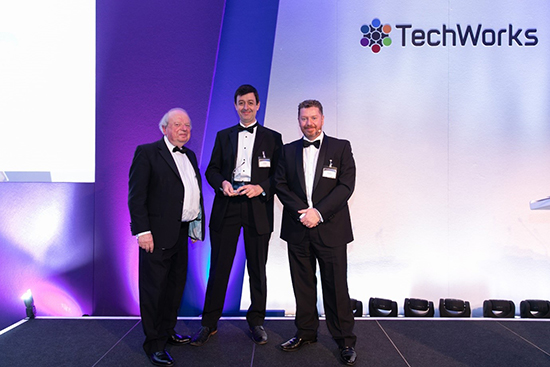 Paul Cain receives the 2018 TechWorks Innovation Award for FlexEnable